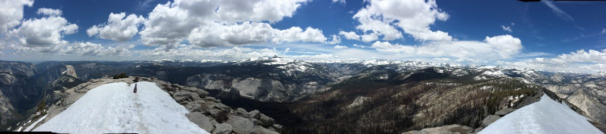 360 degree panoramic view from atop Clouds Rest in Yosemite National Park